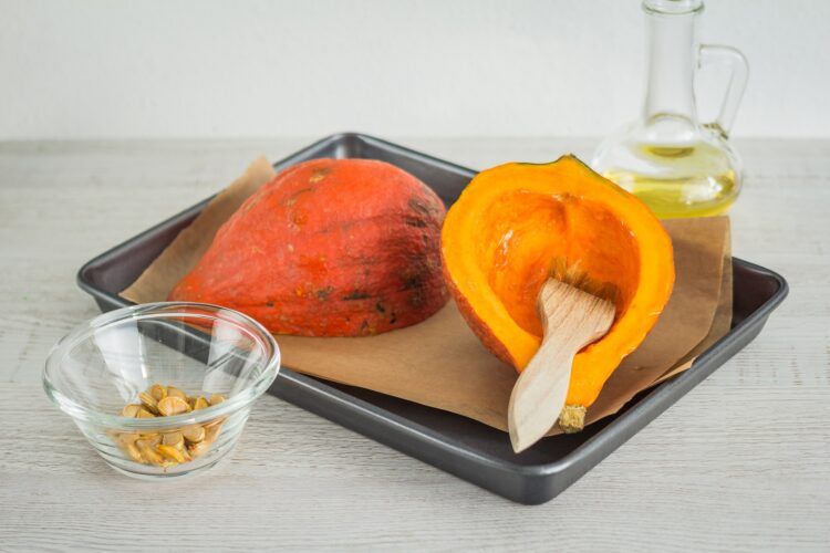Dynia hokkaido faszerowana mielonym mięsem z kukurydzą - Krok 2