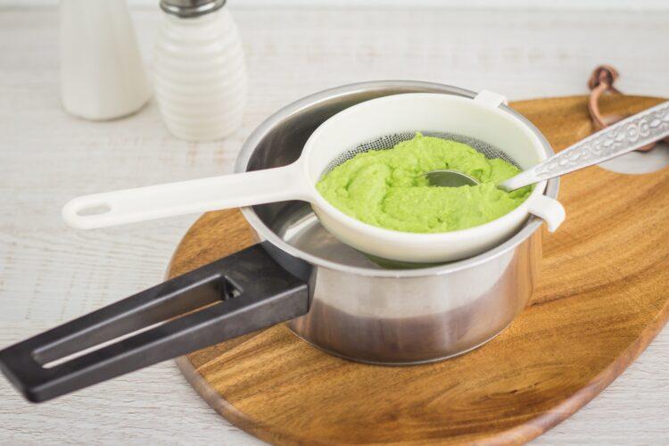 Flan z zielonego groszku z grzybami - Krok 2