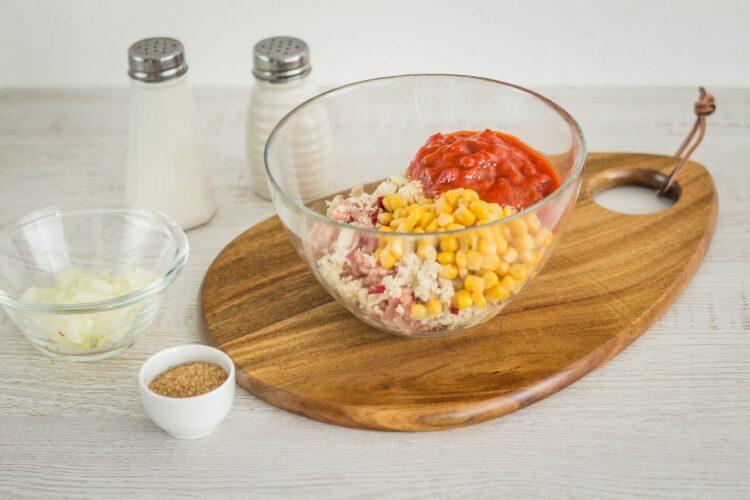 Dynia hokkaido faszerowana mielonym mięsem z kukurydzą - Krok 3