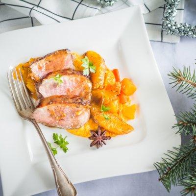 Pierś kaczki na purée z dyni z pomarańczami