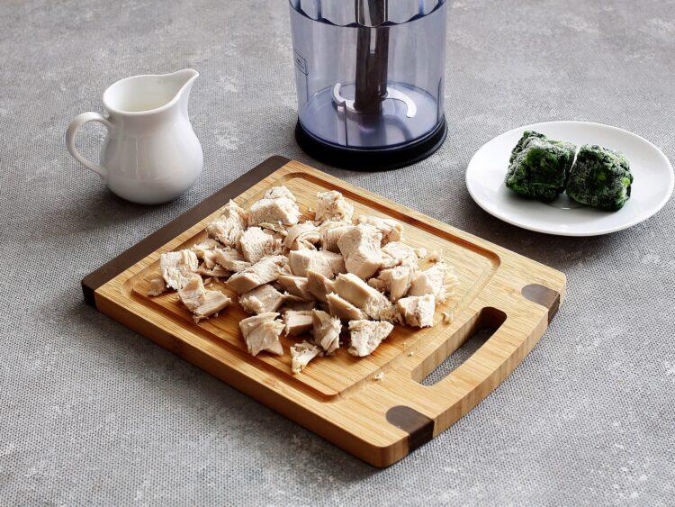 Tymbaliki z kurczaka z groszkiem i kukurydzą - Krok 1