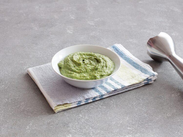 Pasta z zielonego groszku, jajek i szpinaku - Krok 3