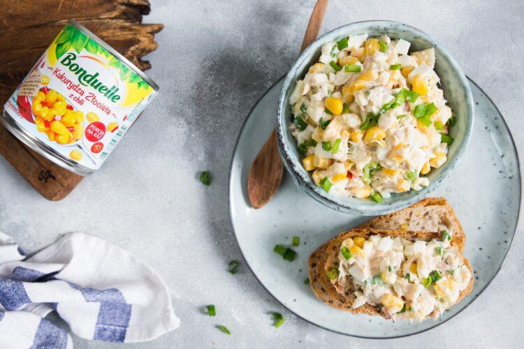 Pasta z makreli z kukurydzą i chili