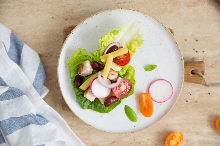 Wrapy z sałaty z indykiem i fasolką szparagową - Krok 4