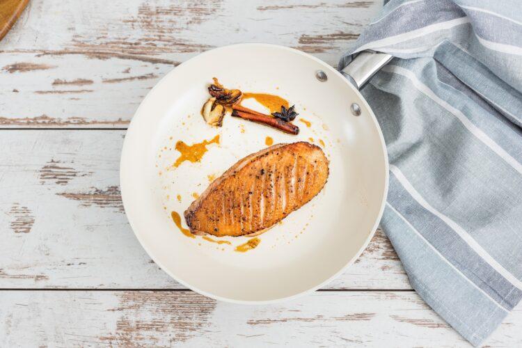 Pierś kaczki z buraczkami karmelizowanymi w pomarańczach - Krok 3