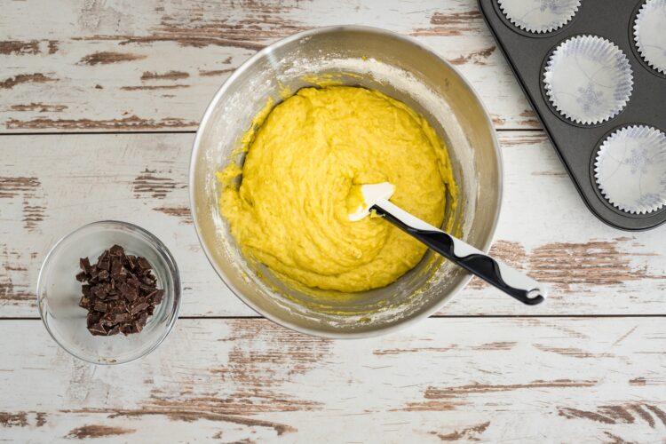 Muffinki groszkowe z czekoladą - Krok 3