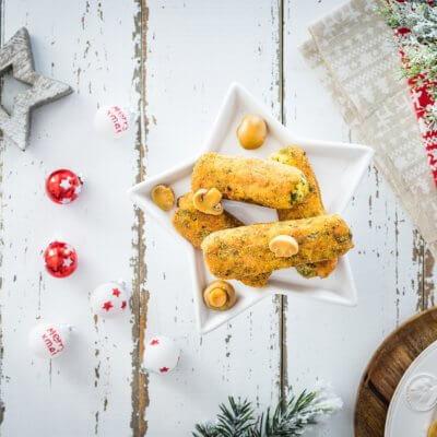 Krokiety ziemniaczane ze szpinakiem z marynowanymi pieczarkami