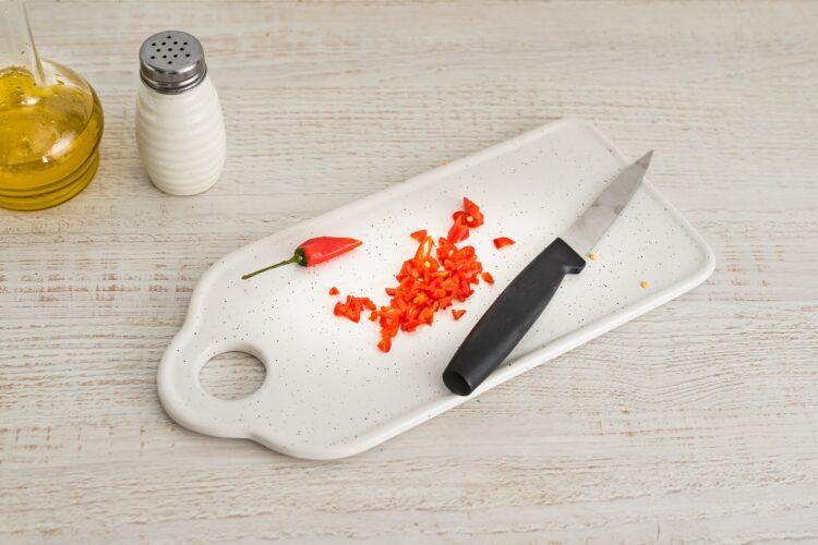 Kasza z warzywami i krewetkami koktajlowymi z sezamem i chili - Krok 1