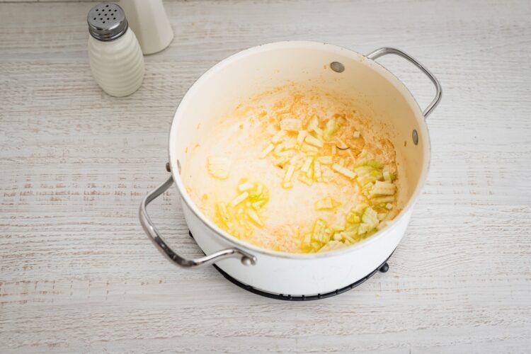 Buraczkowe risotto z kurczakiem - Krok 2