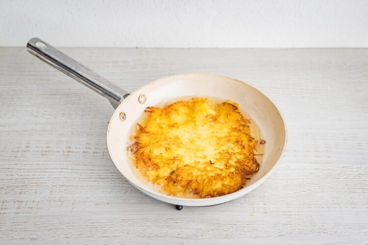 Placek po węgiersku z sosem pomidorowo-dyniowym - Krok 2