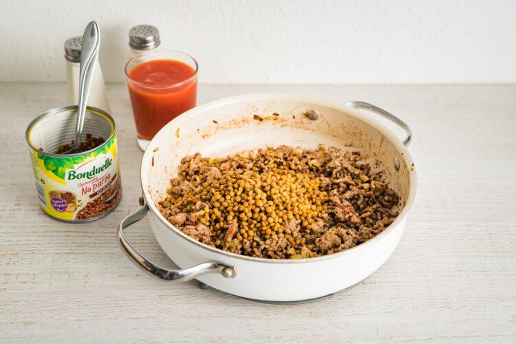 Lasagne z mięsem mielonym, bakłażanem i soczewicą - Krok 3