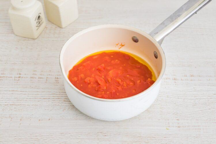 NaleÅ›niki ze szpinakiem i ricottÄ… zapiekane pod pomidorami - Krok 4