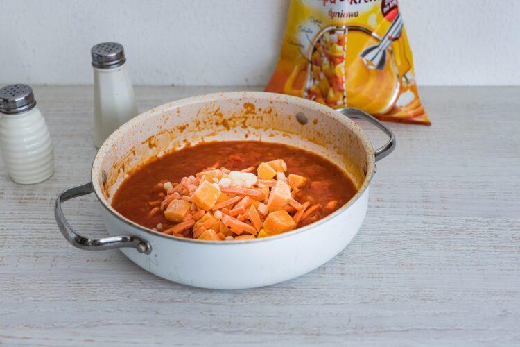 Pulpety w sosie pomidorowym z dynią - Krok 4