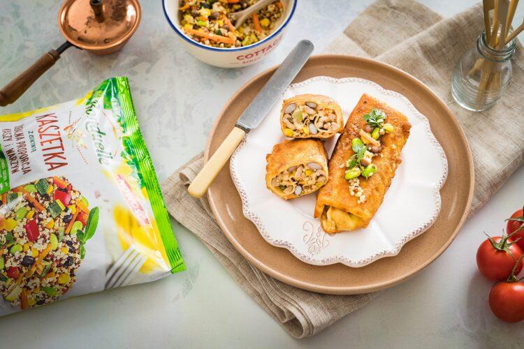 Krokiety z kaszą z warzywami, wędzonym serem i mielonym indykiem