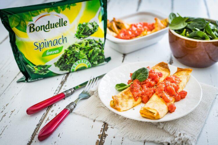 NaleÅ›niki ze szpinakiem i ricottÄ… zapiekane pod pomidorami