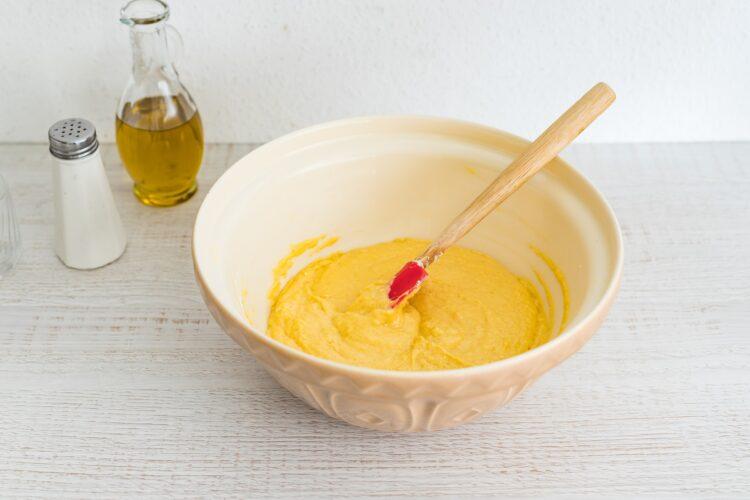 Pikantny chlebek kukurydziany z mieszanką meksykańską - Krok 3