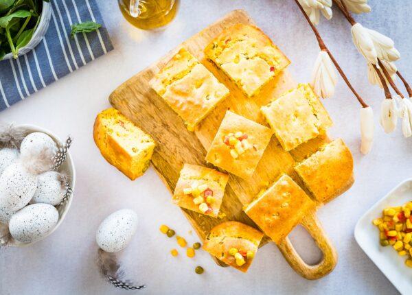 Pikantny chlebek kukurydziany z mieszanką meksykańską
