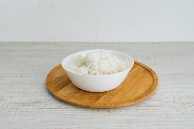 Ryż ze smażonymi pomidorami i cieciorką - Krok 1