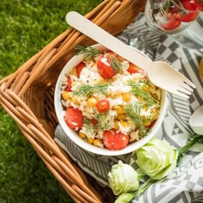 Ryż ze smażonymi pomidorami i cieciorką