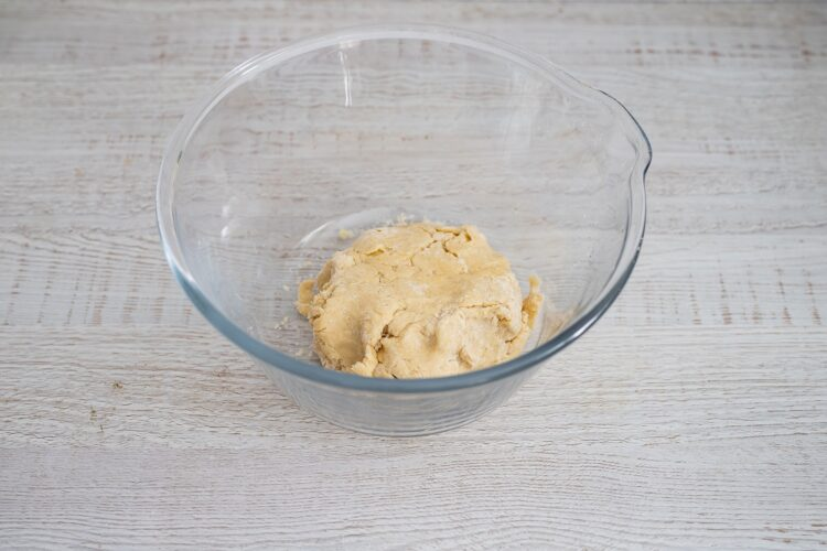 Kulebiak ze szpinakiem, grzybami i fasolą - Krok 1