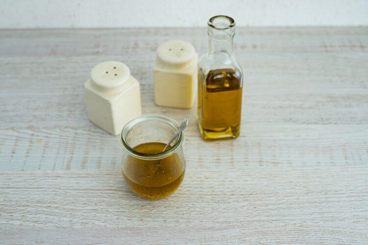 Sałatka nicejska z makaronem z groszku i cukinii - Krok 1