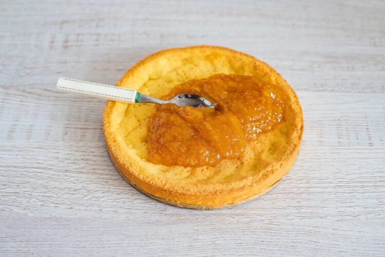 Mazurek pomarańczowy z kremem chałwowym - Krok 3