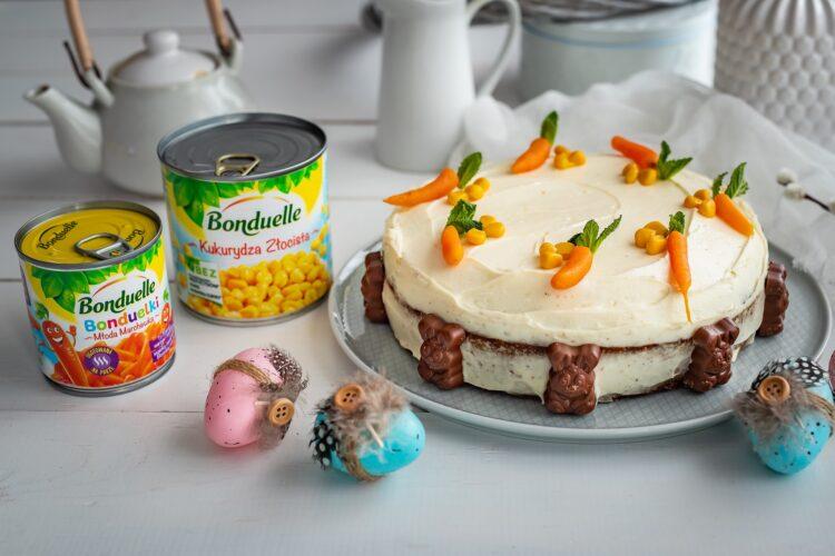 Ciasto marchewkowo-kukurydziane z białą czekoladą