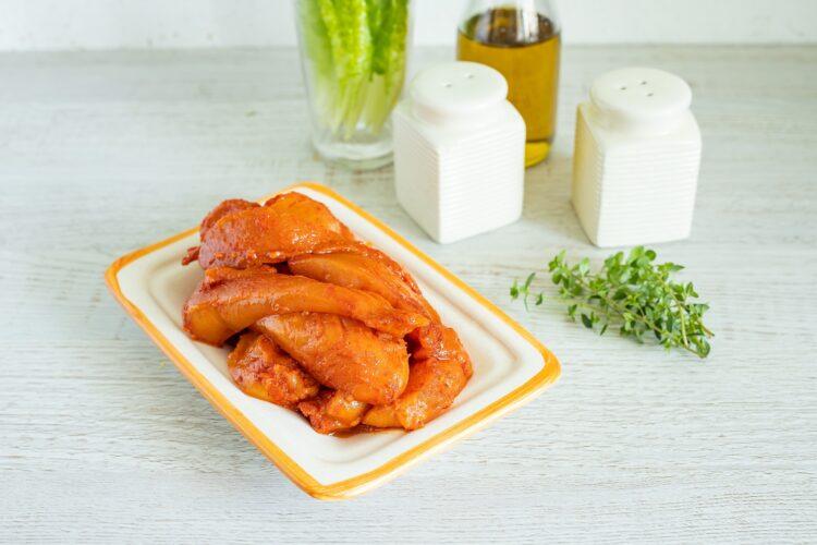 Szaszłyki z kurczaka z sałatką z kukurydzy i fasoli - Krok 1
