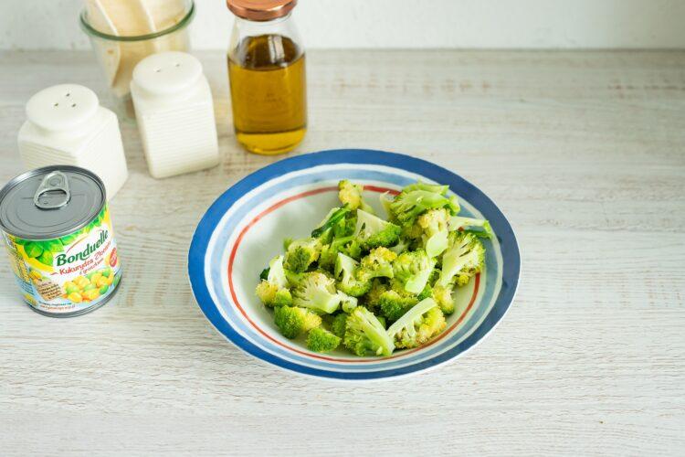 Quesadilla z kurczakiem, brokułem i kukurydzą z groszkiem - Krok 1