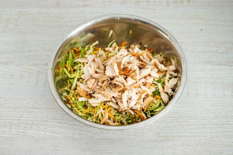 Tajska sałatka z kurczakiem - Krok 3