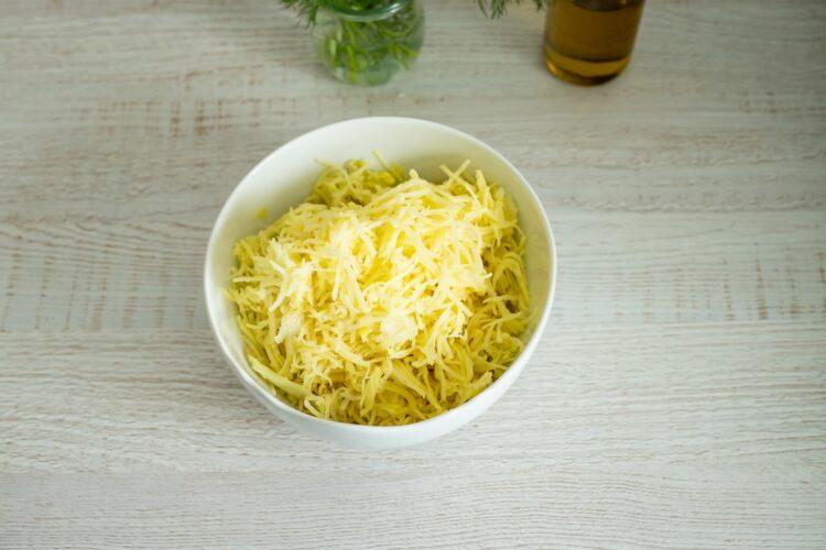 Placki ziemniaczane z jajkiem w koszulce z salsą z kukurydzy - Krok 1