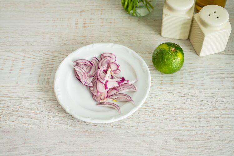 Pieczony łosoś z ryżem po meksykańsku - Krok 1