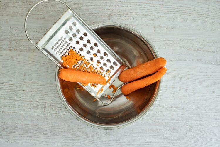 Pieczone kotlety z marchewki z czarną fasolą - Krok 2