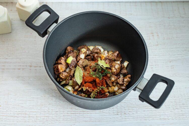 WÄ™gierska zupa gulaszowa z kukurydzÄ… - Krok 2