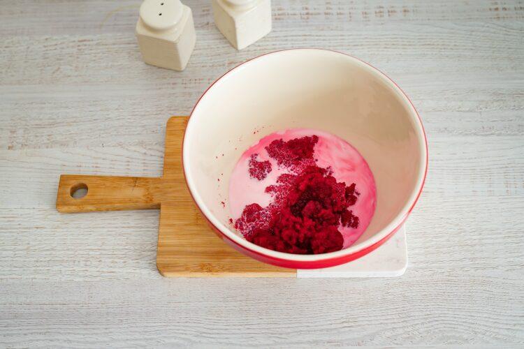 Tort red velvet z burak贸w z kokosowym kremem - Krok 1