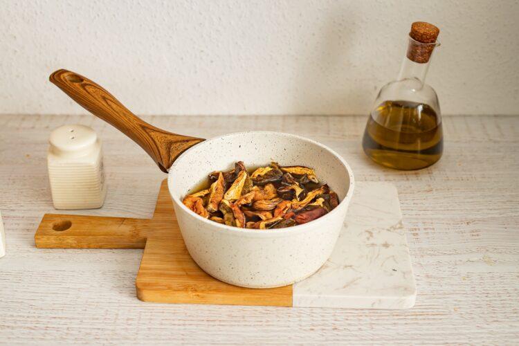 Wegańskie gołąbki z soczewicą, ryżem i grzybami - Krok 1