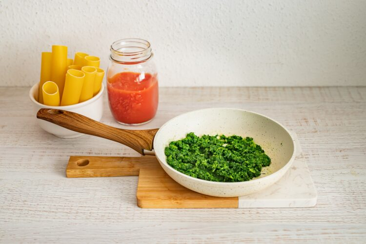 Cannelloni ze szpinakiem i serem - Krok 1