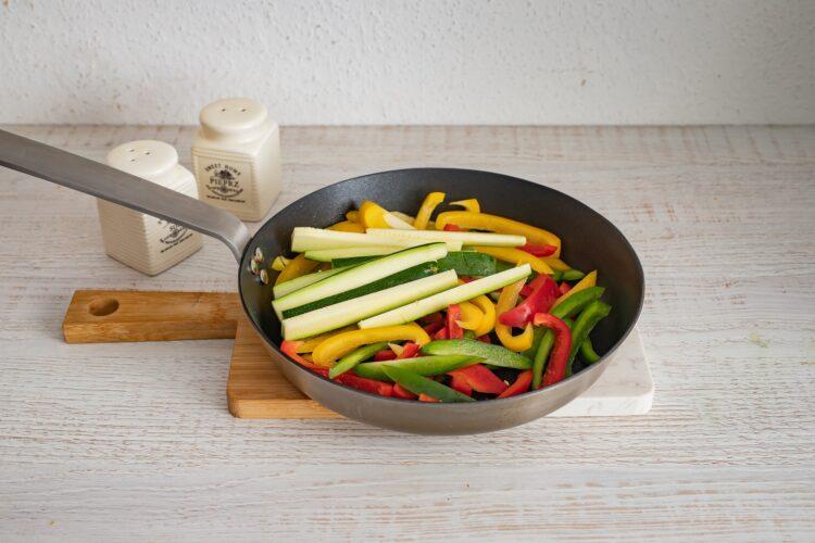 Śródziemnomorskie tortille z warzywami - Krok 3