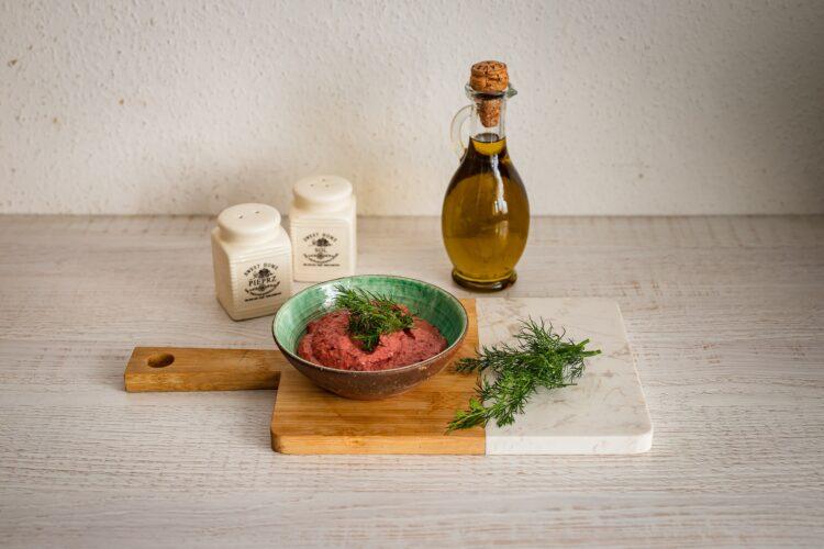 Pasta z czerwonej fasoli z buraczkami i chrzanem - Krok 4