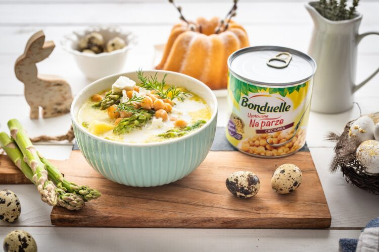 Zupa szparagowa z cieciorkÄ… i fetÄ…