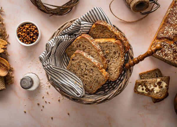 Chleb żytni na zakwasie z soczewicą