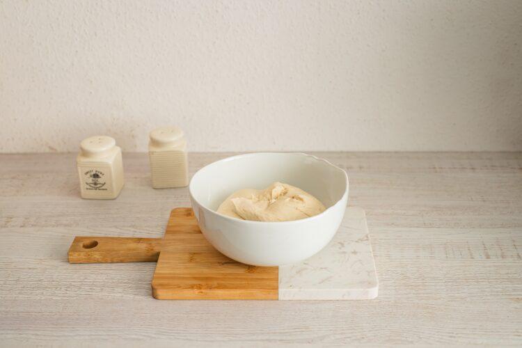 Bułeczki pszenne supełki z kaszą i burakiem - Krok 1