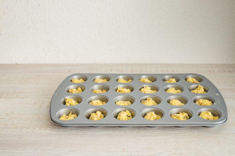 Minimuffinki serowe z kaszÄ… z borowikami - Krok 4